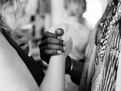 un nouvel humanisme entre les hommes et les femmes © aaron-blanco-tejedor
