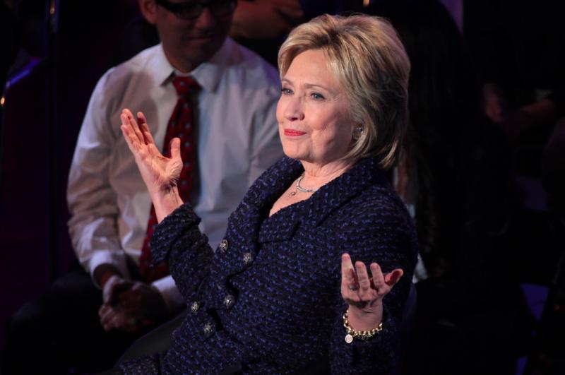 jaipiscineavecsimone_le_grand_bain_Hillary_Clinton_productrice