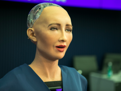 Sophia le premier robot qui a obtenu une nationalité