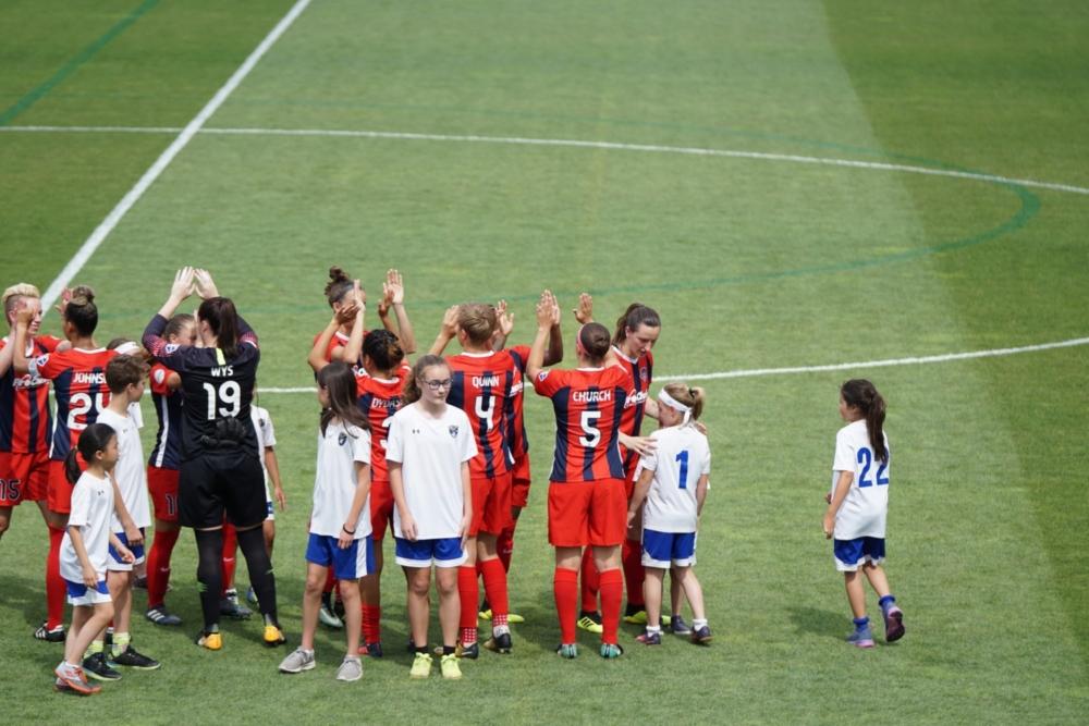 jaipiscineavecsimone_le_grand_bain_unsplash_footballfeminin_6_06_2018