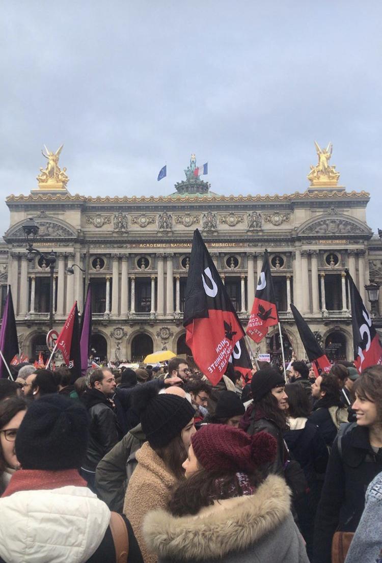 Marche place de l'Opéra #NousToutes