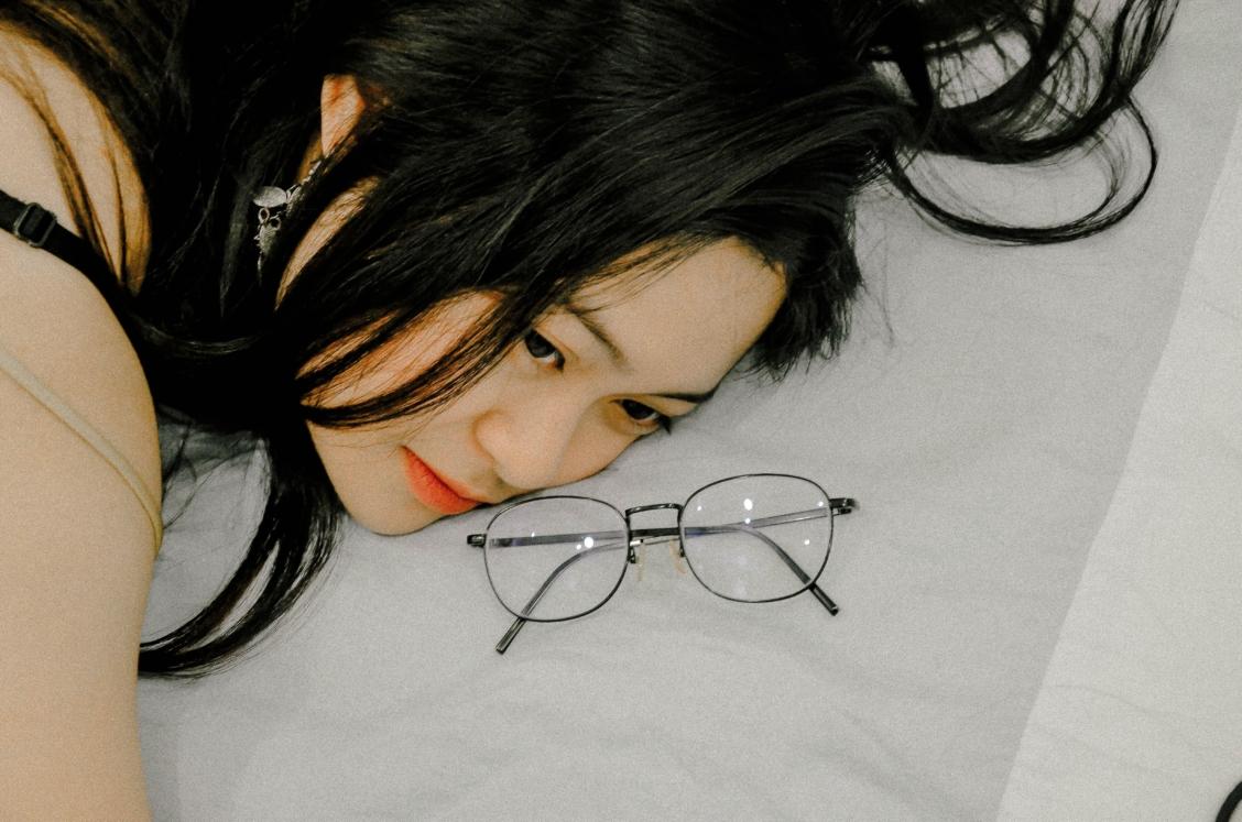 jjaipiscineavecsimone_société_glassesban_japonaises