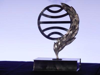 Carmen Mola Prix littéraire Planeta